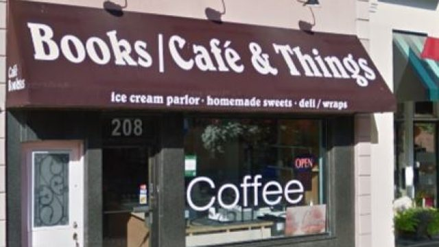 Books Cafe & Things